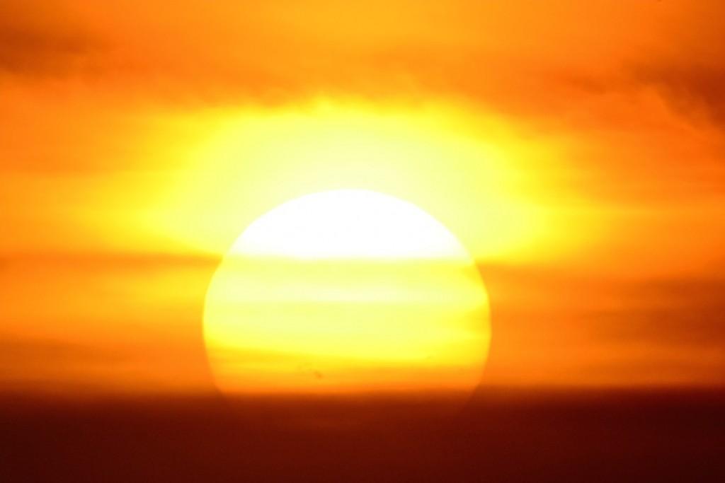 Bradley-Parker-sunspotAR2396_1438997743