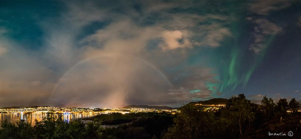 Branislav-Beliancin-lunar-rainbow-and-aurora_1440639178