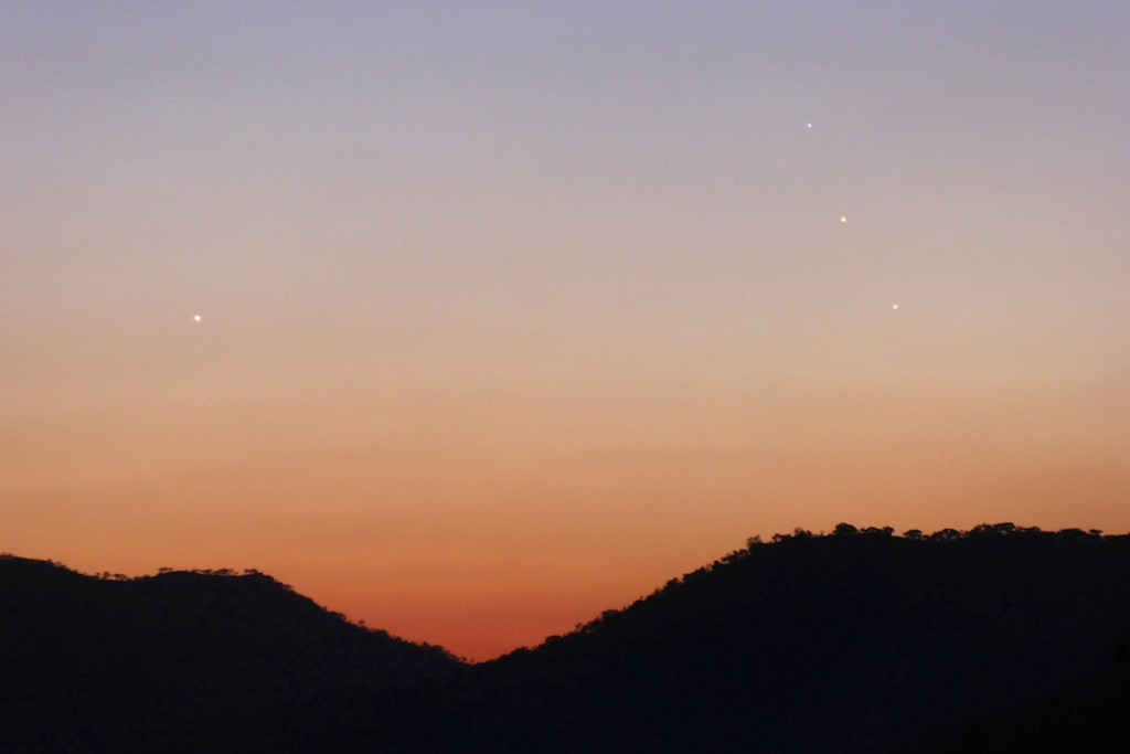 Peter-Lowenstein-Venus-Regulus-Jupiter-and--Mercury-Mutare-Zimbabwe-6-August-2015_1438901342