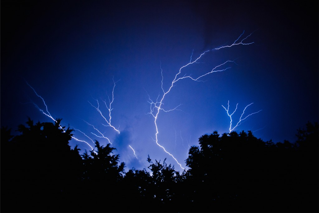 Amir-Salvatore-cropped-Lightning-2632_1441669233
