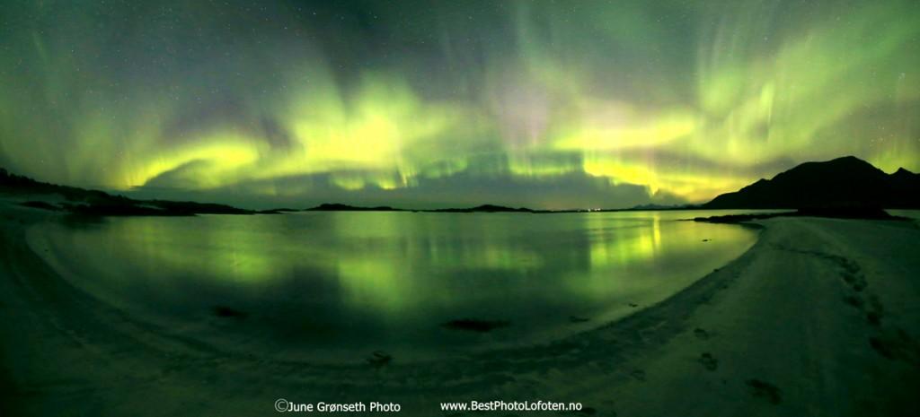 June-GrAcnseth-Pan-Aurora-21-B-150915-LOS_1442420315