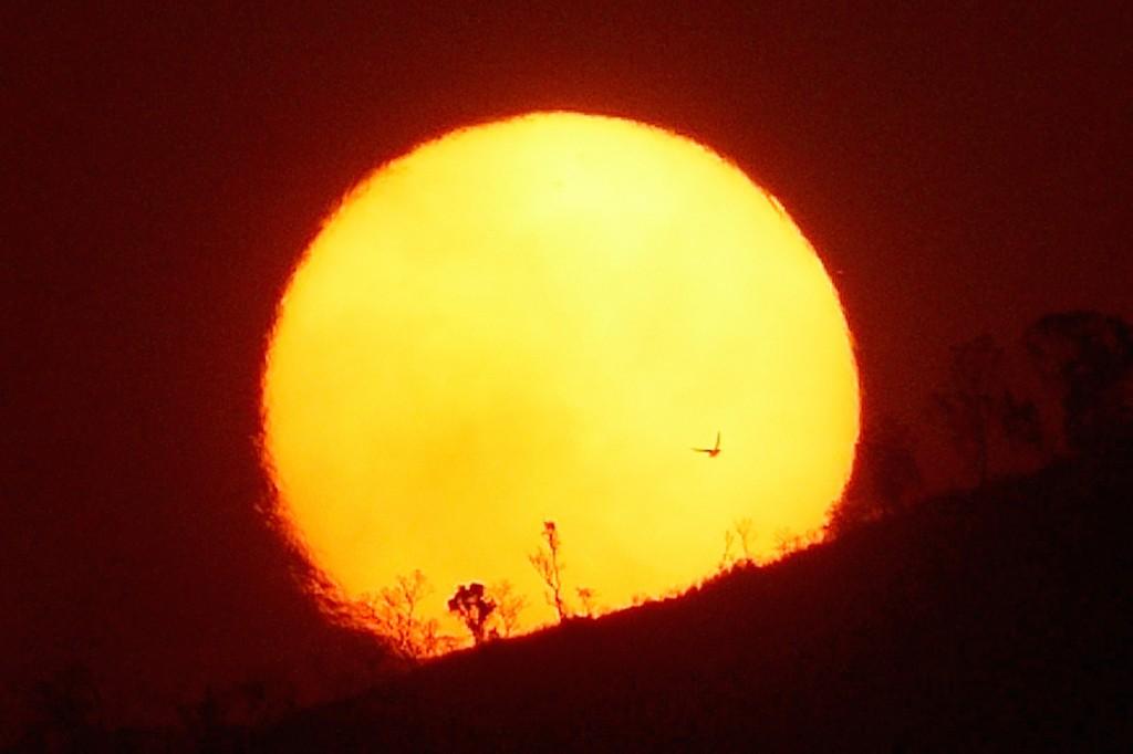 Peter-Lowenstein-Blazing-Sunset-Mutare-Zimbabwe_1443025990