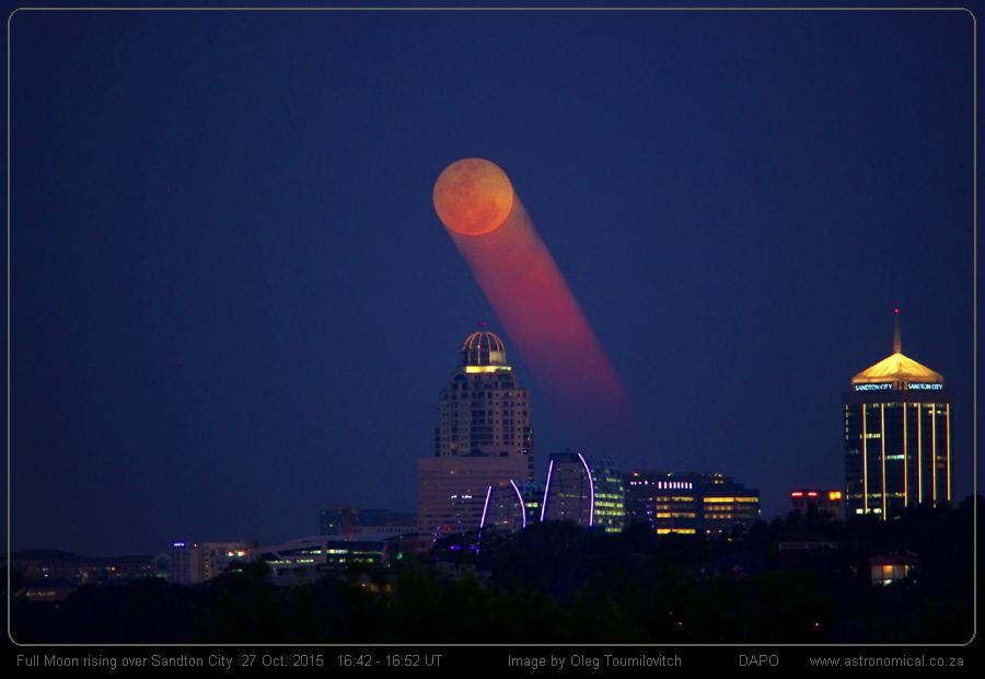 Oleg-Toumilovitch-Full-Moon-rising_O_Toumilovitch_1446027005