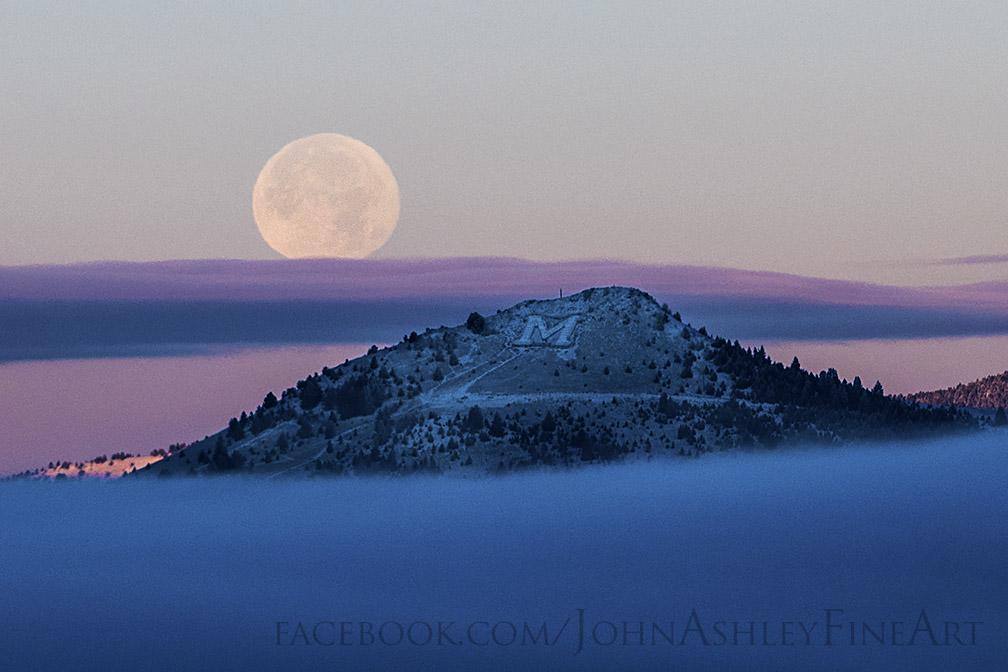 John-Ashley-Frosty-Moon-FB_1448554582