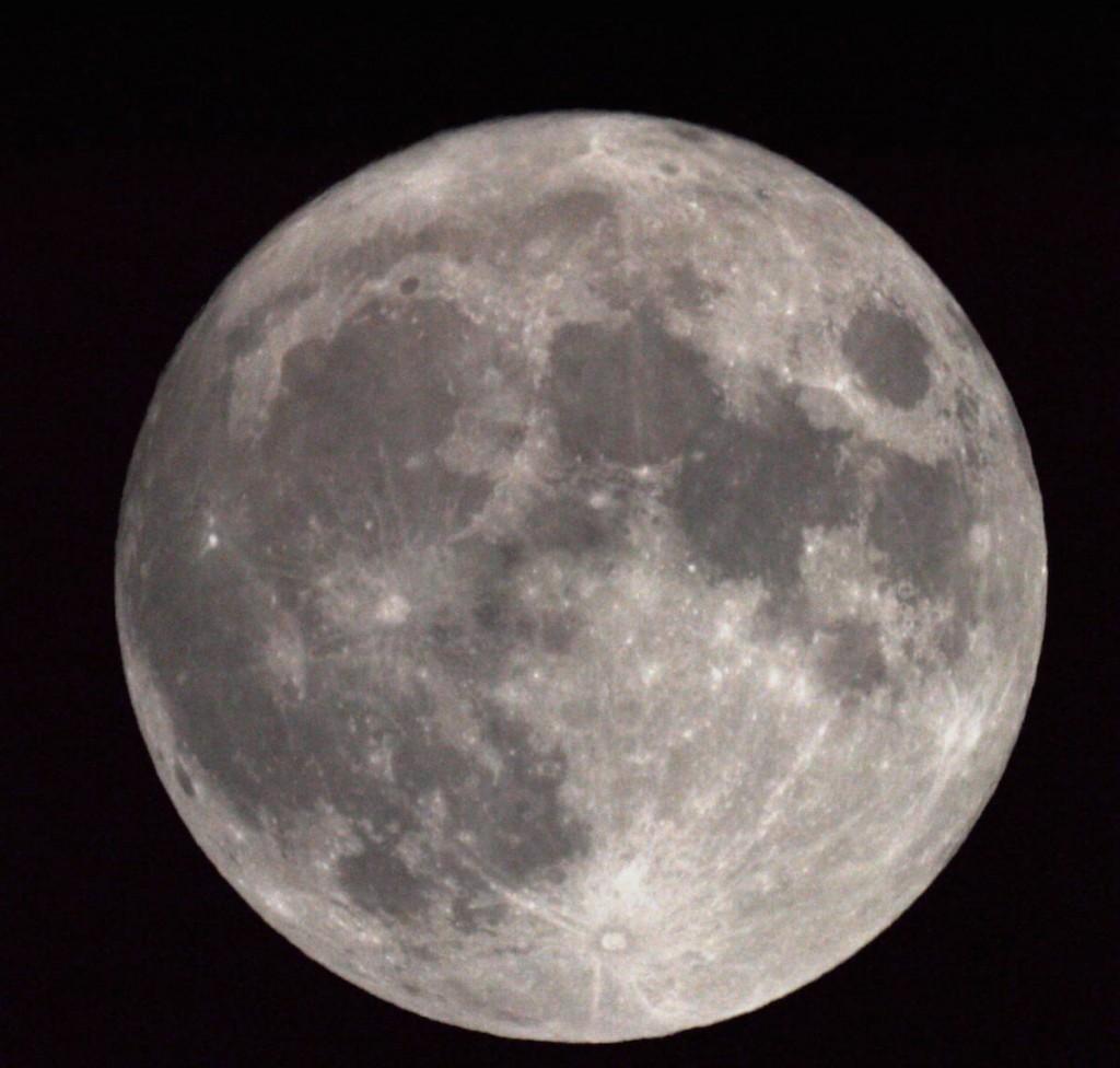 Sean-Crane-Moon-25-11-15_1448493752