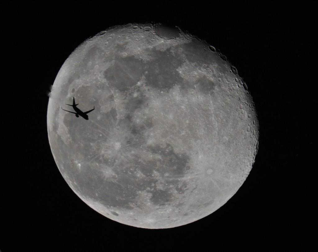 Joe-Kline-Lunar-Transit-022416_1456535691