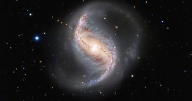 La belleza de la galaxia espiral NGC 986