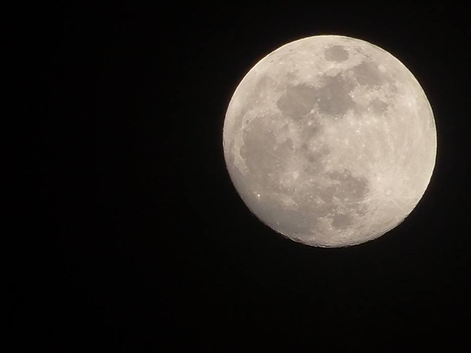 Jason-Morris-moon3_1458936012