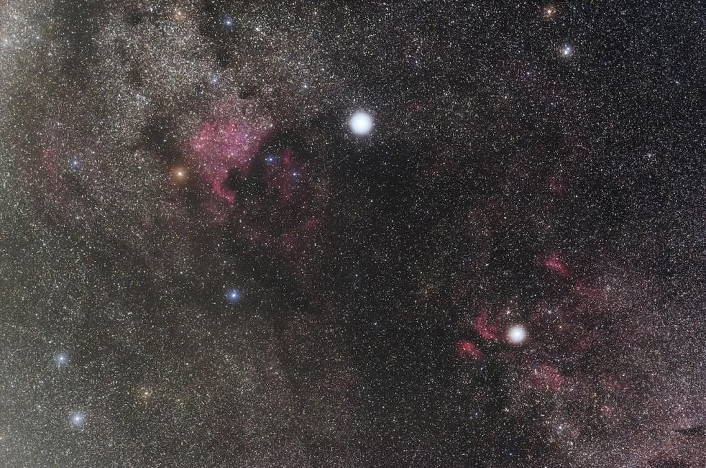 Hideo-Fukushima-NGC7000-IC1318_1379-1391_13f_cao_ssse_adj3_crop_rd2_1461822099