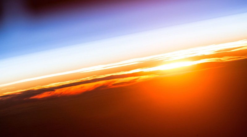 El amanecer desde la Estación Espacial Internacional
