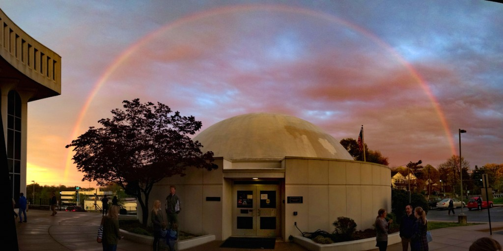 Jonathan-Harmon-DMB-planetarium-rainbow-160404_1459873072