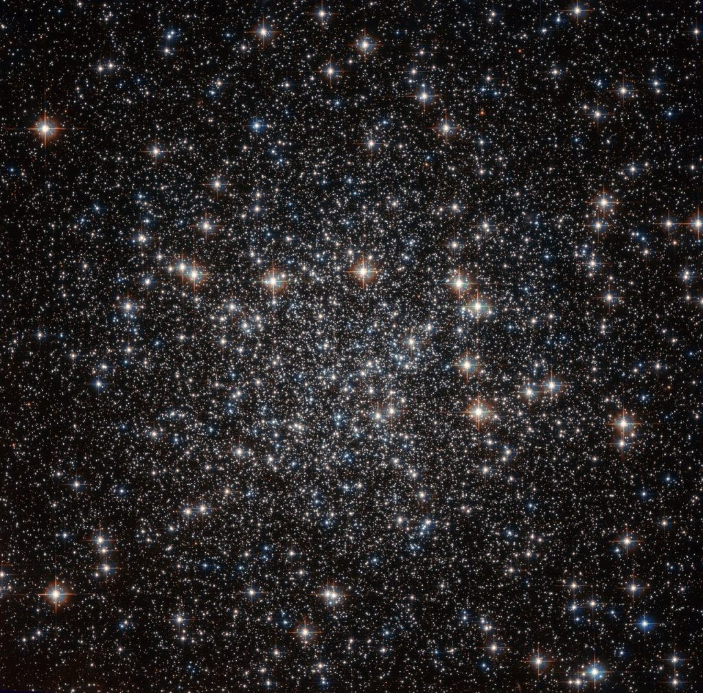 Located approximately 22 000 light-years away in the constellation of Musca (The Fly), this tightly packed collection of stars — known as a globular cluster — goes by the name of NGC 4833. This NASA/ESA Hubble Space Telescope image shows the dazzling stellar group in all its glory. NGC 4833 is one of the over 150 globular clusters known to reside within the Milky Way. These objects are thought to contain some of the oldest stars in our galaxy. Studying these ancient cosmic clusters can help astronomers to unravel how a galaxy formed and evolved, and give an idea of the galaxy's age. Globular clusters are responsible for some of the most striking sights in the cosmos, with hundreds of thousands of stars congregating in the same region of space. Hubble has observed many of these clusters during its time in orbit around our planet, each as breathtaking as the last.