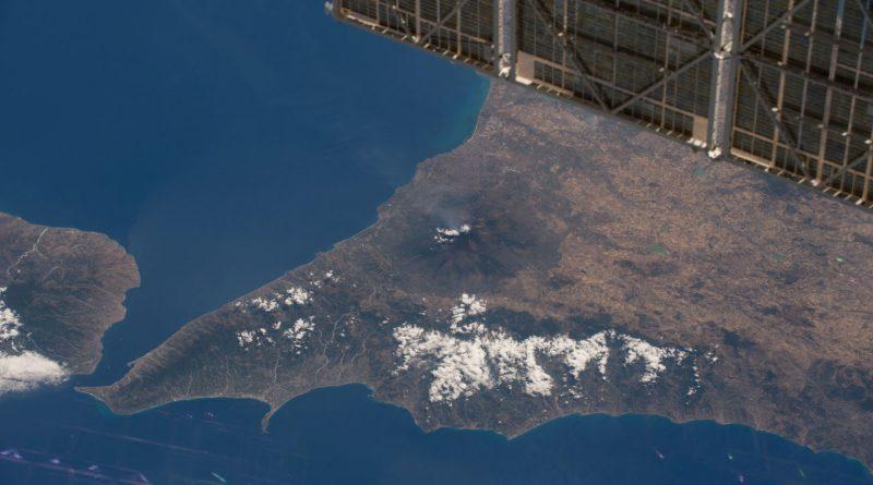 El Monte Etna (Sicilia) desde la Estación Espacial Internacional