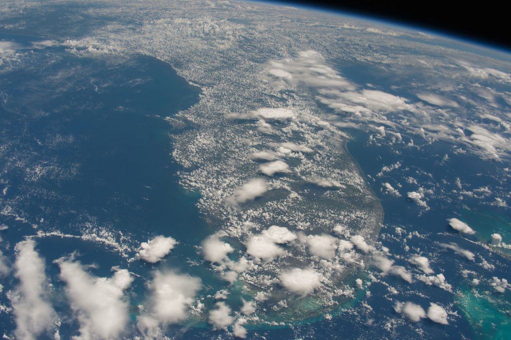 ISS048-E-59888