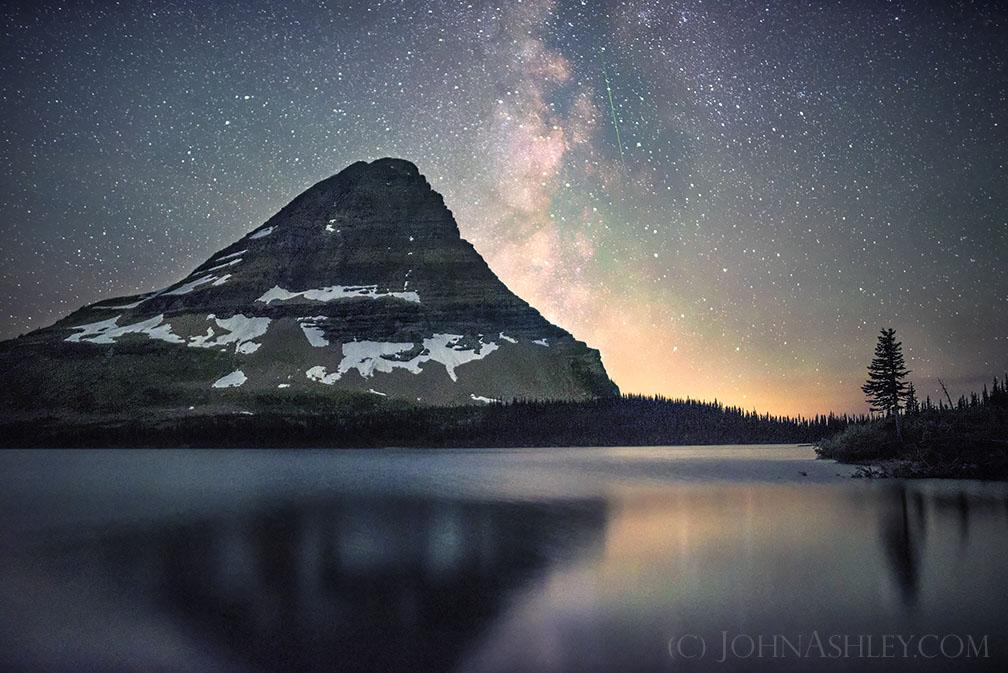 John-Ashley-Hidden-Lake-Meteor-Milky-Way-web_1470152952
