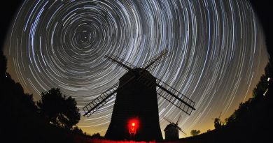 Imagen de rastro de estrellas desde Lednogóra, Polonia