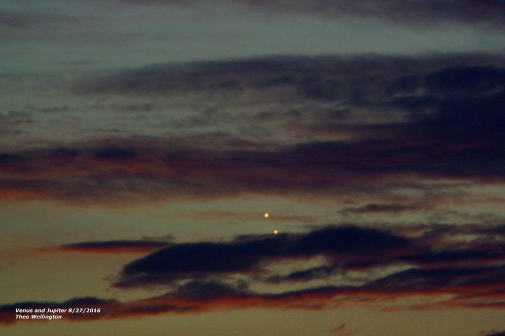 Theo-Wellington-20160827_Venus_Jupiter_close_sm_1472359904