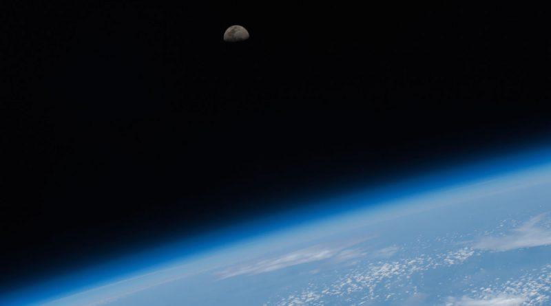 La Luna desde la Estación Espacial Internacional