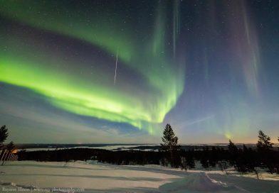 Auroras boreales y un meteoro desde Finlandia