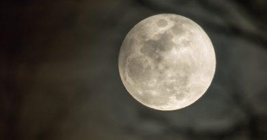 Foto de la Luna tomada desde Zaragoza, España – El Universo Hoy