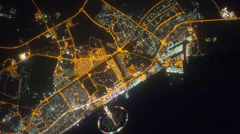 La isla artificial Palm Jumeirah desde la Estación Espacial Internacional
