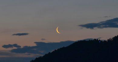 La Luna al amanecer desde Medvode, Eslovenia