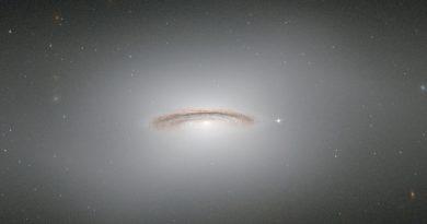 NGC 4526: una de las galaxias lenticulares más brillantes que se conocen
