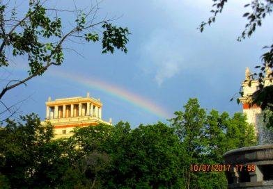 Foto de un arcoíris en Moscú, Rusia