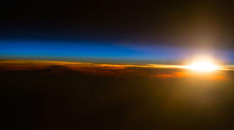 La puesta de Sol desde la Estación Espacial Internacional
