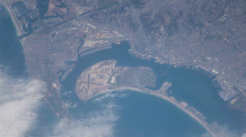 La ciudad de San Diego, California, desde la ISS
