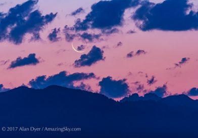 La Luna menguante al amanecer en Idaho, Estados Unidos