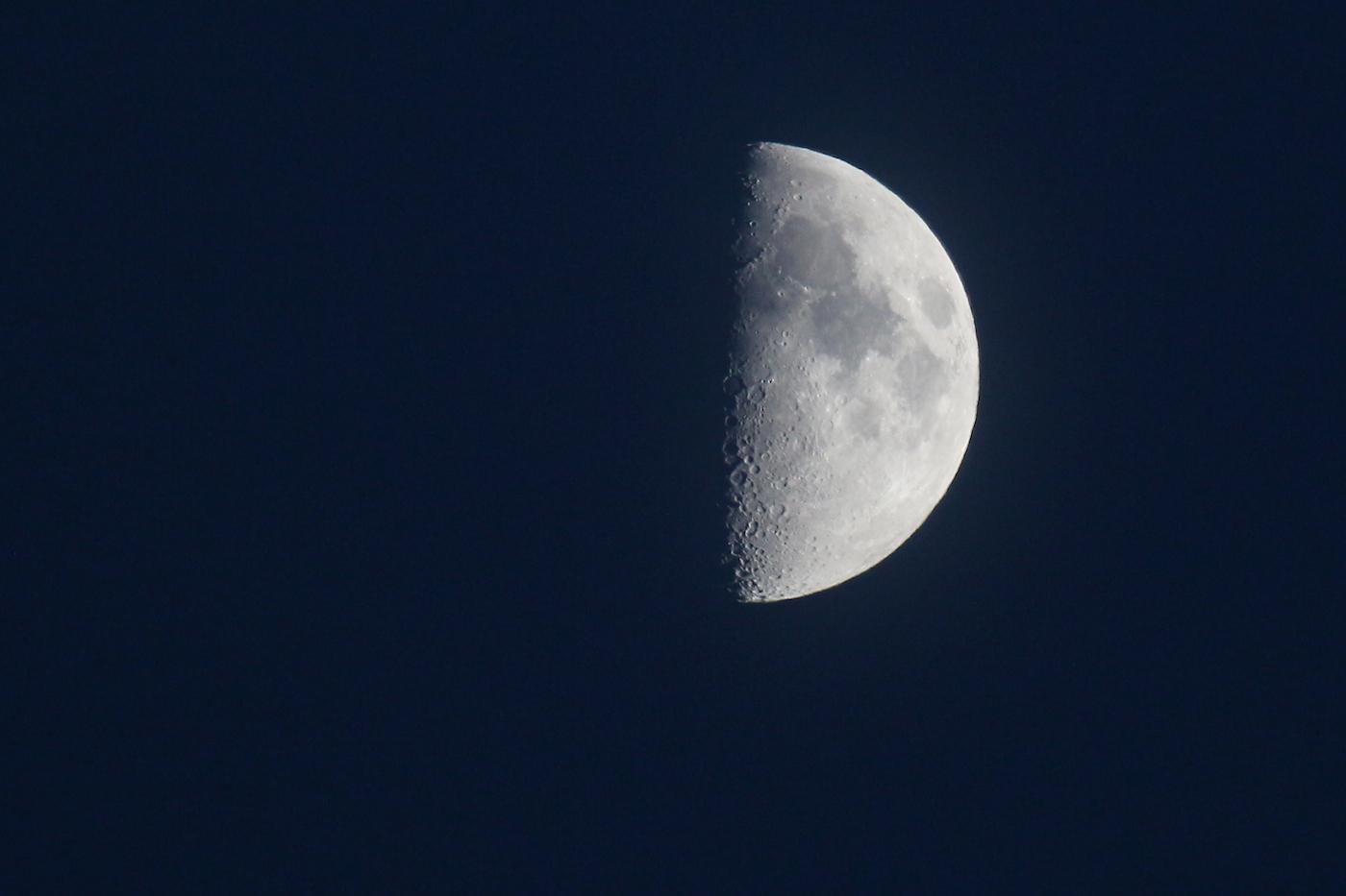 La Luna desde Arenys de Munt, Barcelona – El Universo Hoy