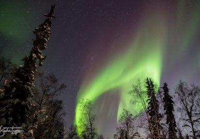 Imagen de auroras boreales desde Fairbanks, Alaska