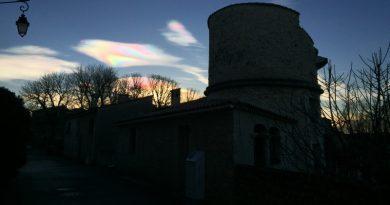 Nubes iridiscentes desde Artignosc-sur-Verdon, Francia