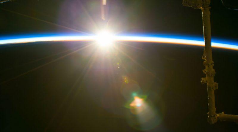 La salida del Sol captada desde la Estación Espacial Internacional