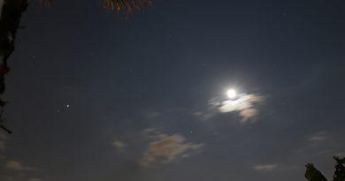 La conjunción de la Luna y Spica desde Arenys de Munt, Barcelona