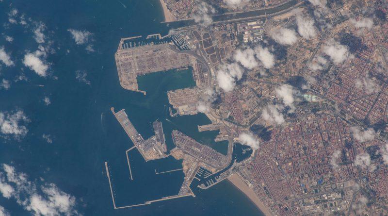 La ciudad de Valencia, España, desde la Estación Espacial Internacional