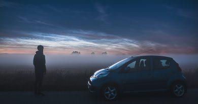 Nubes noctilucentes fotografiadas desde Hjørring, Dinamarca