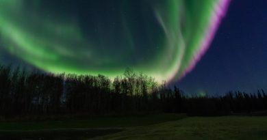 Foto de auroras boreales tomada desde Fairbanks, Alaska