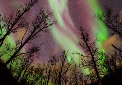 Foto de auroras boreales tomada desde Tromsø, Noruega