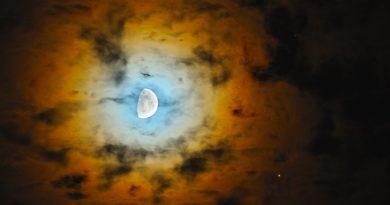 La Luna y Marte fotografiados desde Toruń, Polonia