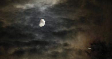 La conjunción de la Luna y Marte fotografiada desde Emmerich am Rhein, Alemania