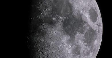 Foto de la Luna y Marte tomada desde Stuttgart, Alemania