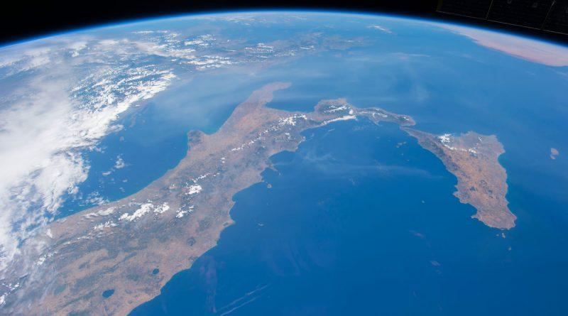 Italia fotografiada desde la Estación Espacial Internacional