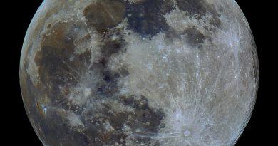 La Luna llena fotografiada desde Irlanda del Norte