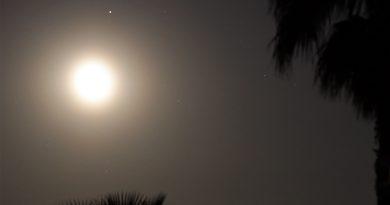 La conjunción de la Luna y Saturno captada desde Arenys de Munt, Barcelona