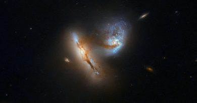 El Hubble observa el encuentro cercano entre dos galaxias en la constelación de Aries