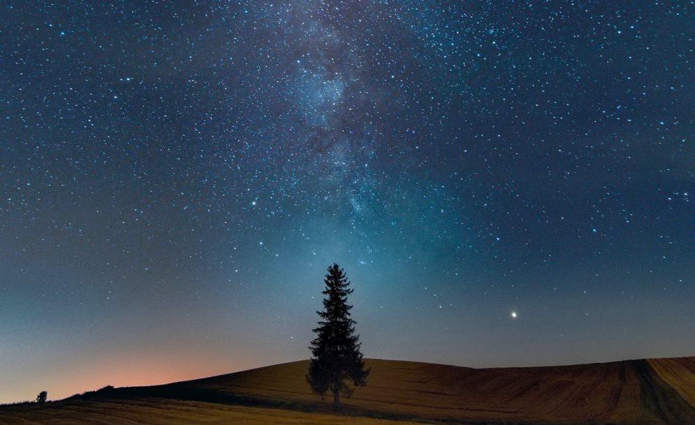 La Vía Láctea fotografiada desde Hokkaido, Japón
