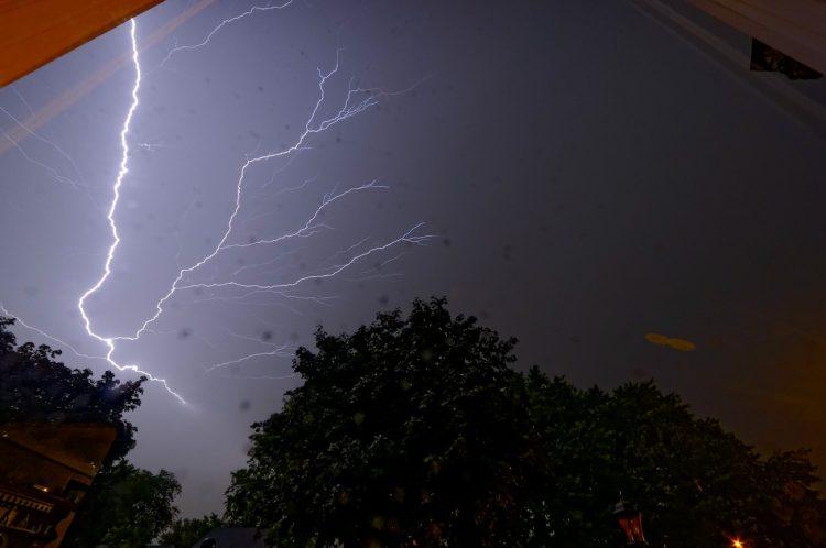 Tormenta eléctrica fotografiada desde Tennessee, Estados Unidos