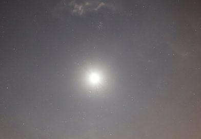 Foto de la conjunción de la Luna y Aldebarán tomada desde Arenys de Munt, Barcelona